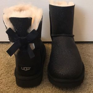 Ugg bailey bow black glitter booties